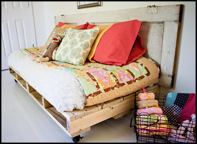 6_09palletbed-4